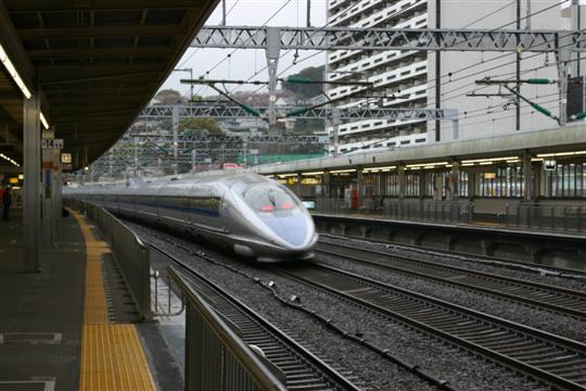Japonija. Odavara. Nozomi traukinys