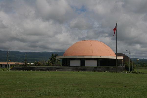 Samoa, Upolu Island, Apia, Fale Fono Parliament House / Samoja, Upolu Sala, Apija, Parlamentas