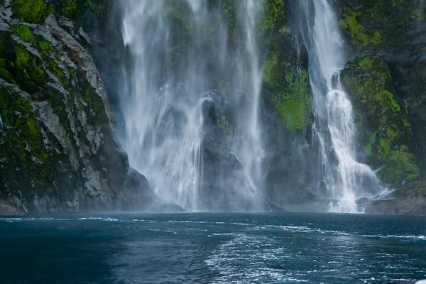 Stirling krioklys, Milfordo fiorde